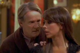 Norbert Weisser and Jennifer Love Hewett in Ghost Whisperer